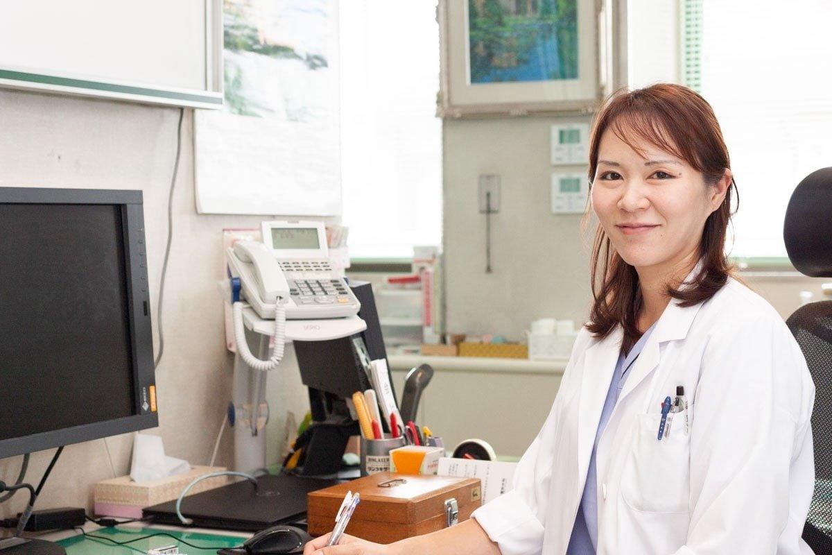 松村明日香医師の写真