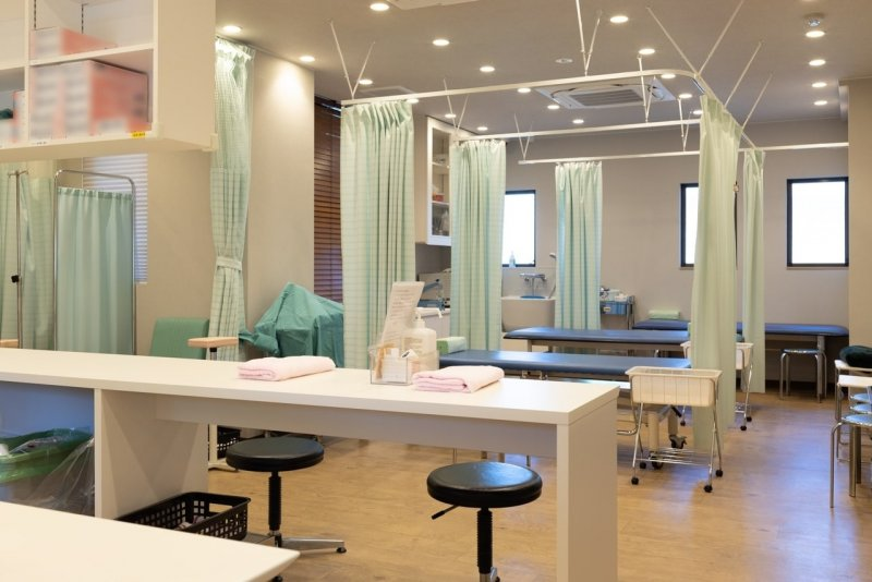 愛知県一宮市の森整形外科の処置室