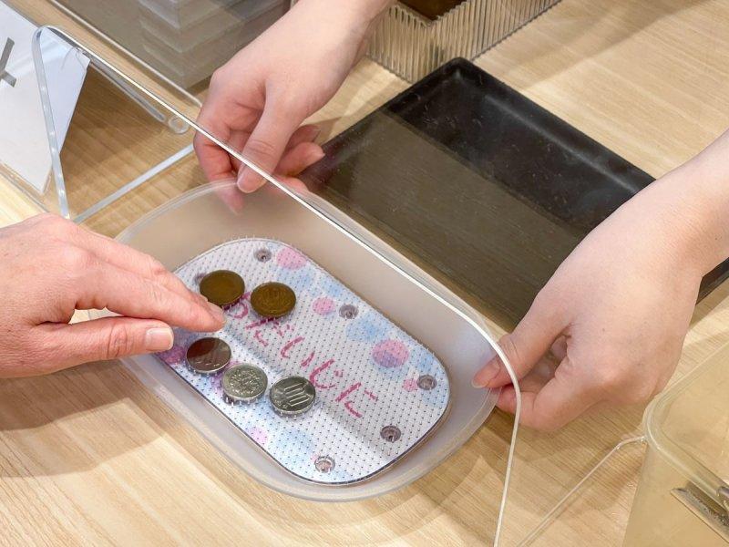 愛知県一宮市 森整形外科の新型コロナ対策として会計時のトレー使用